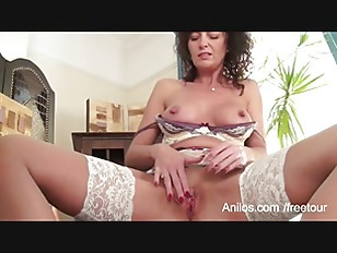 Picture First Naughty Video For Sexy Mature Mom