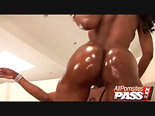 Phat Ass Black Hottie Nyomi Banxxx Loves To Cowgirl