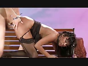 Ebony Babe Bella Moretti...