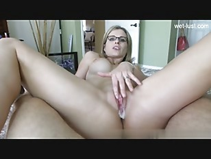 Hot Girlfriend Oral Sex...