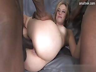 Picture Gorgeous Girl Facial