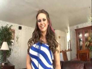 Busty Beauty Rachel Roxxx...