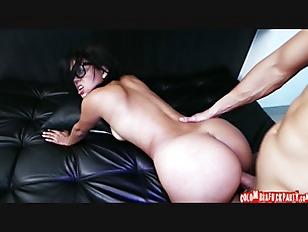 Huge Colombian Ass p3