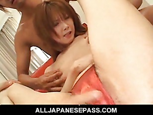 Picture Japanese Beauty Shows Off Her Spread Pussy