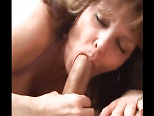 Hot Mature Lady Enjoying...