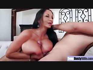 busty μαμά πορνό εικόνες