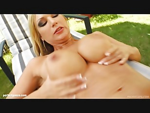 Picture Prime Cups Presents - Angelina Superhot Big...