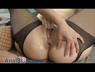 Picture Busty Babe Fucks Two Babes Anally