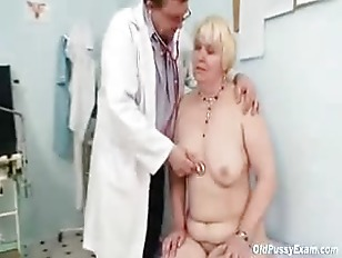 Picture Chubby Blond Mom Hairy Pussy Doctor Exam