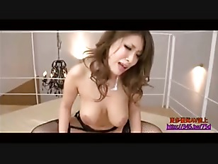Sex Bomb Asian Babe...