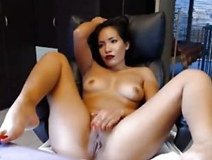 Cumming hot girl