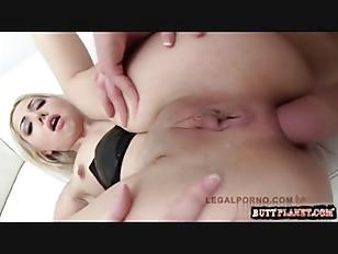 Picture Blonde Slut Vs 3 Cocks