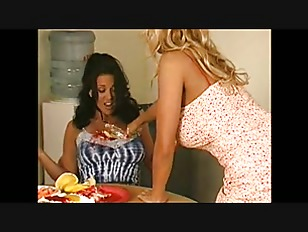 Porn Pics Of A Teenagers Vaginas