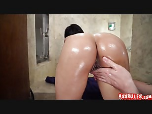 Picture Kitty Caprice The Showering Booty Freak P1