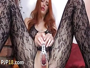 Picture Gyno Toy In Her Huge Redhead Cunt