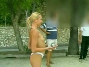Picture Public Nudity France Playing Around 3
