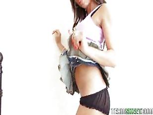 Picture SoloInterviews Dildo Masturbation Sofia Cort...