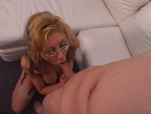 Picture Sexy Mature Slut Gets Mouth And Cunt Rammed