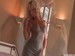 Blonde Hot Slut Solo...