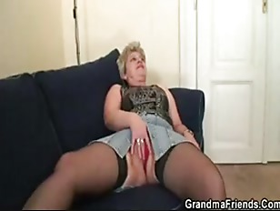 Picture She Warms Up Her Cunt Before Two Cocks