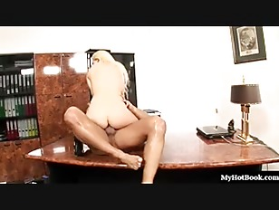 Picture Jessie Volt Calls The Shots At This Office W...