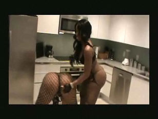 Picture Ebony Girls Dance In The Kitchen