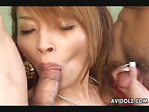 luxurious babe fucked in a threesome by nasty dudes