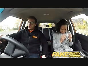 driving-student-fucks-examiner-in-car