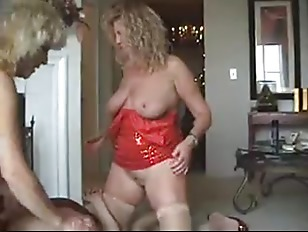 Picture Mature Amateur Annke With Strapon Friend