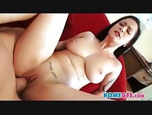Amateurs Honeymoon Sex Tape_0031