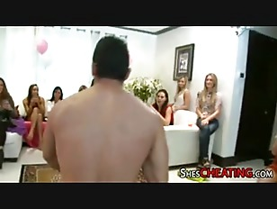 Picture Chippendale With Huge-Dick Gets Lucky At Bac...