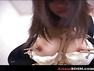 Japanese hottie hogtied with big boobs out
