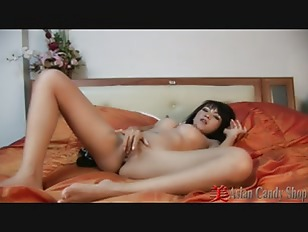 Thailand Busty Babe Mintra...