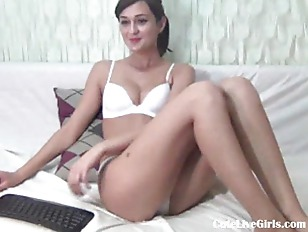 Picture Brunette Young Girl 18+ Fingers Her Pussy Wi...