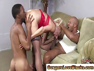 Picture Cougar Milf Slut Sucks And Fucks Black Cocks