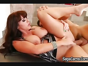 Sophie Dee Squirting...