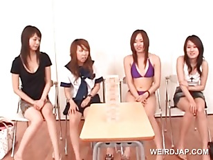 Picture Sweet Asian Young Girl 18+ Girls Playing Fun...