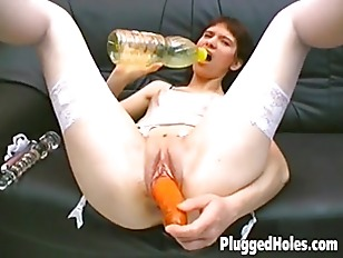 Hot Chick Fucking Herself...