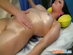 Picture Shaved Beaver Dripping Wet