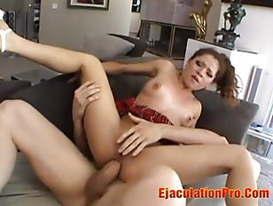 Hot girl squirting figa