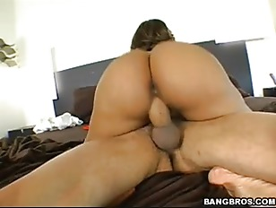 Guy cums several times