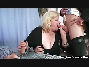 Picture Granny Gives Double Blowjob And Gets Doggyst...