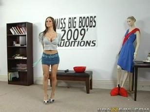 Rachel Roxxx Miss Big...