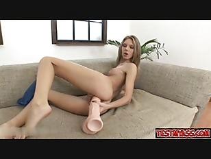 Pornstar Love Big Dildo...