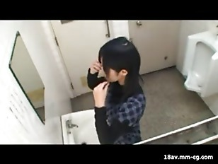 Picture Hot Chick Sex In Wc
