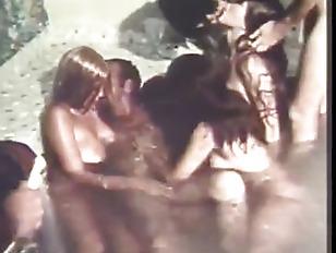 Picture Vintage Bath House Ballin