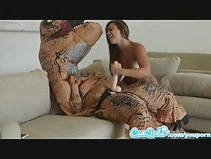 Fucked by trex Girl