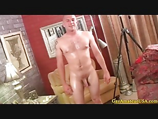 straight jock gets cock pampered