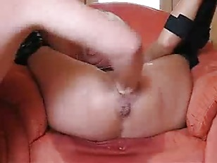 Picture Milf Gets Her Pussy And Ass Dildo Pounded