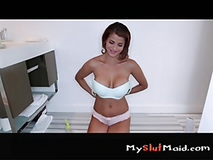 Picture Latina Milf Cleans And Fucks For Cash P2